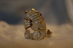 Om Ganesh Statue by MusicTales.club