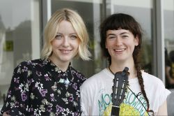 Lauren Laverne with Kate Sables